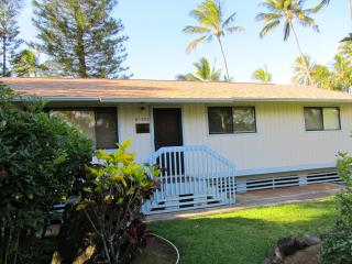 Paradise Ekahi 3 bedroom Beachfront/ North Shore - Haleiwa vacation rentals