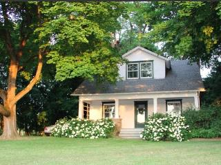 A Modern Country Classic - Near Rhinebeck and BARD - Hudson Valley vacation rentals