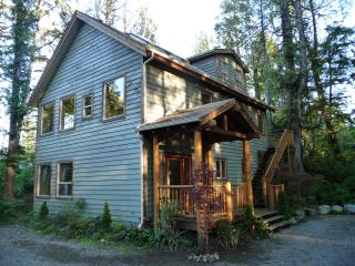 AlderView House, Tofino, British Columbia - Tofino vacation rentals