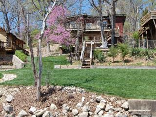 TREE HOUSE & Luxury Log Cabin 20% Off Boat Rent - Lake of the Ozarks vacation rentals