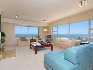 Camps Bay Luxury 6 BR Villa Sea Views & Affordable - Camps Bay vacation rentals