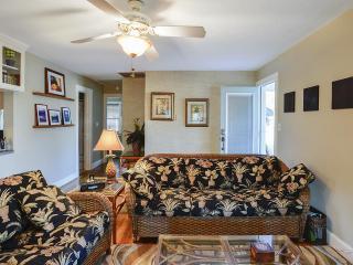 Gulfport Palm Cottage - Gulfport vacation rentals