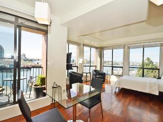 Oceanfront Downtown, Corner Suite - Victoria vacation rentals