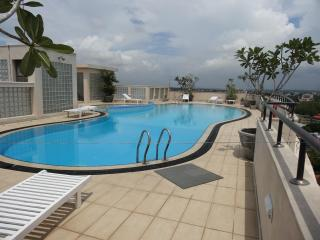 Exclusive apartment  beyond Ward Place - Colombo vacation rentals