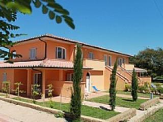 Casa Aliade F - Puntone vacation rentals