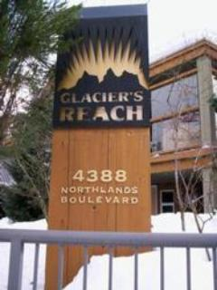 Entrance to Glaciers Reach - Glaciers Reach East Lodge - Whistler - rentals