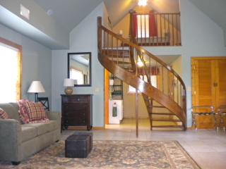 Clark Street Lodge in Rocheport MO on Katy Trail - Boonville vacation rentals