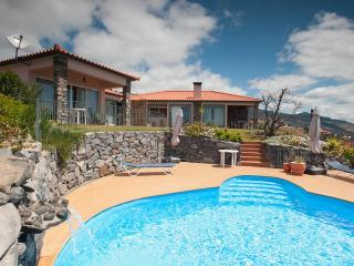 Banda do Sol Self Catering - LAVENDER COTTAGE - Estreito da Calheta vacation rentals