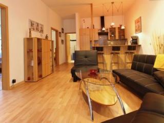 Vacation Apartment in Mittelnkirchen - 969 sqft, modern, spacious, comfortable (# 3229) - Jork vacation rentals