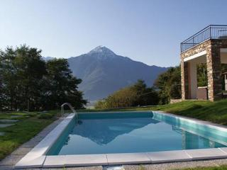 Villa Ca Crusca,2-14 persons , Lago di Como,  Italië - Amsterdam vacation rentals