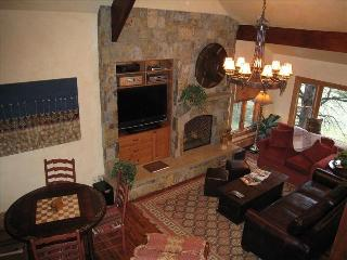 Platinum Remodel on Golf Course- Up to 15% Off! - Beaver Creek vacation rentals
