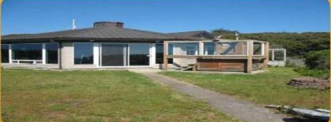 Front of the house - Bray's Point Ocean Front Beach House - sleeps 15 - Waldport - rentals