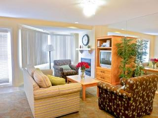 Across from the pier with free parking, walk to re - San Clemente vacation rentals
