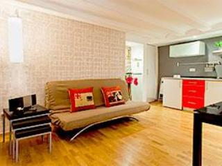 Apartment in Center - Image 1 - Barcelona - rentals