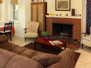 1br Capitol Hill apt-Eastern Market - Washington DC vacation rentals