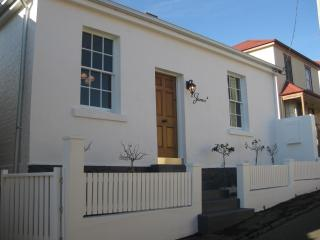 Patersonia Cottage - Launceston vacation rentals