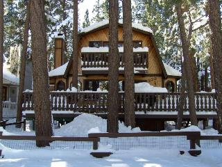 Pilot's Chalet in Big Bear - Close to the Lake - Pacific Beach vacation rentals