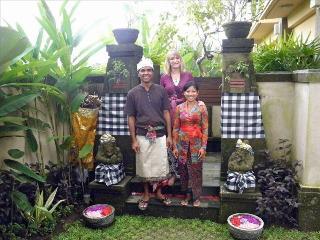 Villa Satori-Luxury 3 BR Villa-10m Stroll to Ubud - Ubud vacation rentals