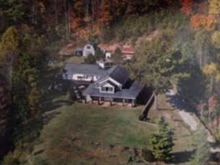 Mystical  Mountain Views. 6000 Sq Ft on 7 Acres, - Asheville vacation rentals