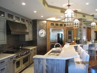 Suite 12 in Vail Village - Northwest Colorado vacation rentals