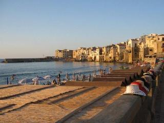 B&B 25 m from sea + view, in Sicily, Italy, Cefalù - Cefalu vacation rentals