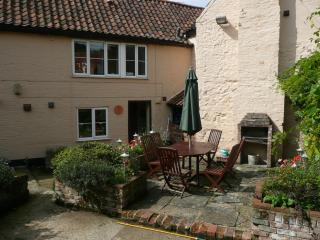 Corner Cottage, Snettisham, Norfolk - Snettisham vacation rentals