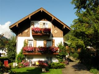 Vacation Apartment in Mittenwald - 538 sqft, central, quiet, ideal (# 3253) - Bavaria vacation rentals