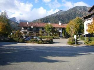 Vacation Apartment in Walchensee - 538 sqft, bright, recently renovated, modern (# 3259) - Kochel vacation rentals