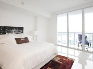 Sky City at Icon Brickell 1-bedroom - Jersey City vacation rentals