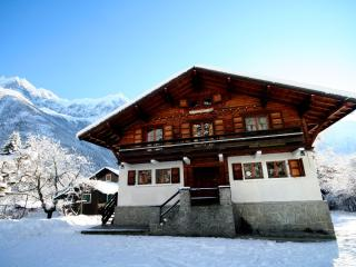Chalet 715 - Stunning 7 bedroom chalet in Chamonix - Haute-Savoie vacation rentals