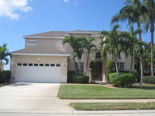 Luxury Lakeside Florida Escape turn key experience - Bradenton vacation rentals