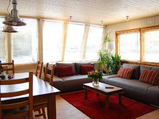 Axo Houseboat - Amsterdam vacation rentals