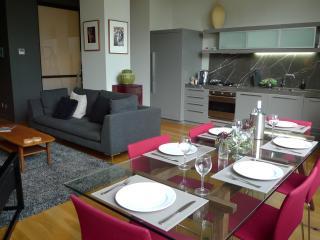 NEW YORK STYLE  IPNO Luxury Apartments  CBD - Melbourne vacation rentals