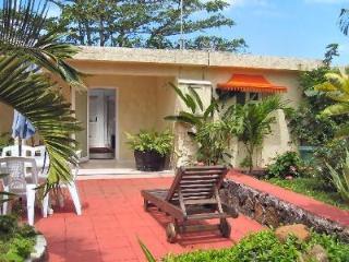 Bungalow Rhys: Holiday Home Mauritius - Trou d'eau Douce vacation rentals