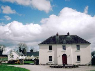 Croan Self Catering Cottages, Kilkenny - Knocktopher vacation rentals