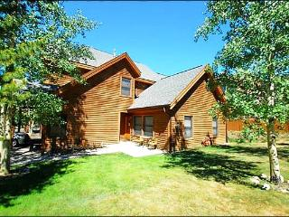 Perfect for a Small Family or Group - Charming Decor Throughout (7070) - Keystone vacation rentals