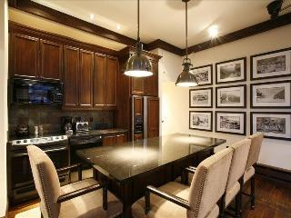 5 TH AVENUE CONDOMINIUM MILL ST 2 BED 2 BATH - Aspen vacation rentals