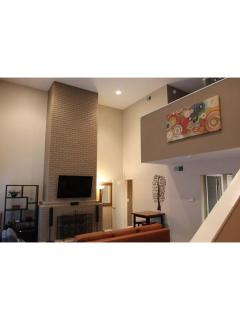 Austin Downtown West 6th Street Luxury Condo - Austin vacation rentals