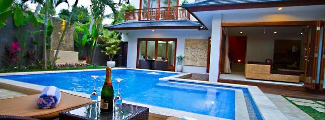 Swimming Pool - Luxury 3 Bedroom Villa - Sinta Villa Seminyak Bali - Seminyak - rentals