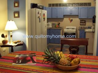 Quito My Home. Beautiful, big apartment!!! - Pichincha Province vacation rentals