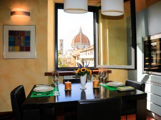 Breathtaking Views from 2 Bedroom Apartment in Florence - Florence vacation rentals