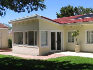 Junior-Suite Pinotage at Constantia Cottages - Kommetjie vacation rentals