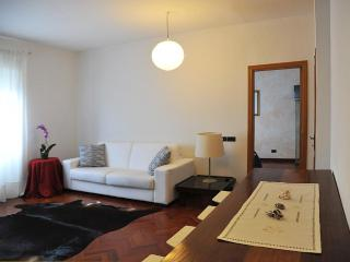 ROMAN HOLIDAY AT PIGNETO  DISTRICT - Rome vacation rentals
