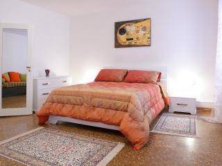 Rialto Charme, to stay in the heart of Venice - Venice vacation rentals