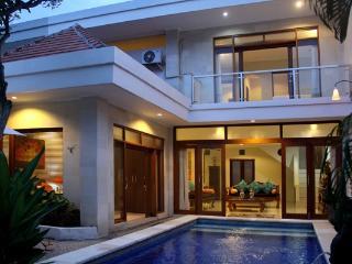 Mawa- 3 bedroom villa in fabulous location. - Legian vacation rentals