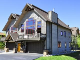 Alpine Vista ~ 4 Bedroom Townhome ~ 4 Bedrooms - Steamboat Springs vacation rentals