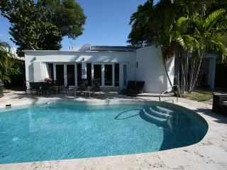 Villa Tropical, Promo: All Sept $2718/wk - Miami Beach vacation rentals