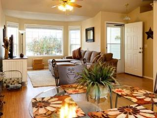 Welcome Home to SE Boise-Close to Downtown, Micron - Boise vacation rentals