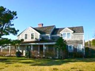 4 Bedroom 4 Bathroom Vacation Rental in Nantucket that sleeps 8 -(10331) - Image 1 - Nantucket - rentals