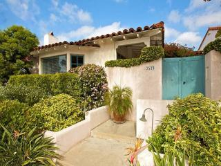 Casa Paloma: Spacious home w/ Enchanting Courtyard - San Diego vacation rentals